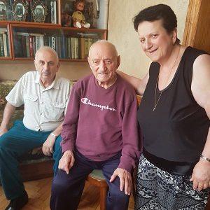 Lavrenti Enukidse mit Tochter und Schwiegersohn
